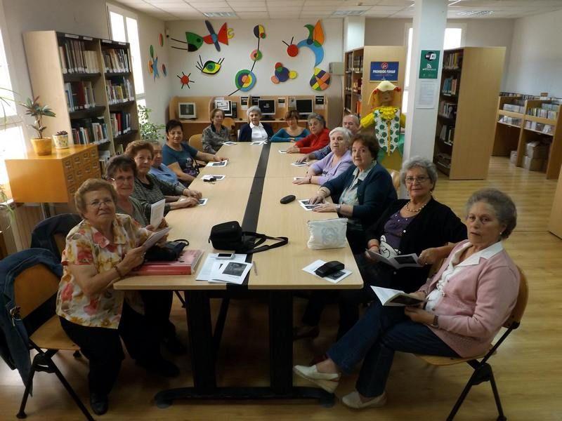 Vuelven los clubs de lectura de la biblioteca municipal de Herencia - https://herencia.net/2016-09-28-vuelven-los-clubs-de-lectura-de-la-biblioteca-municipal-de-herencia/?utm_source=PN&utm_medium=herencianet+pinterest&utm_campaign=SNAP%2BVuelven+los+clubs+de+lectura+de+la+biblioteca+municipal+de+Herencia