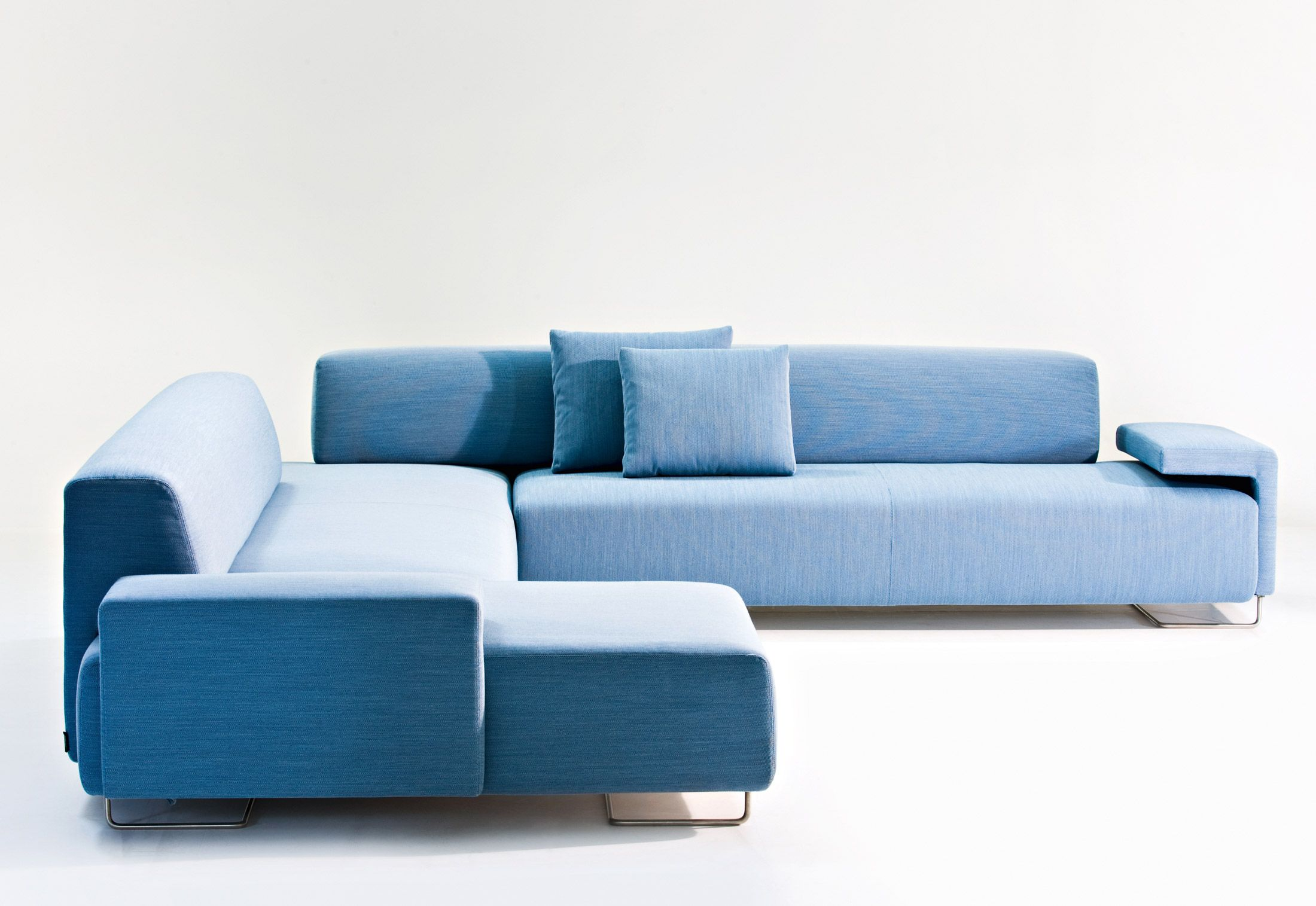 Patricia urquiola moroso lowland sofa modulares for Sillones modulares