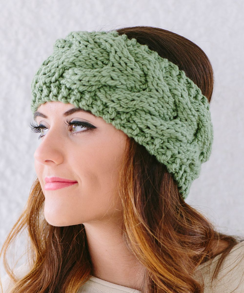 stay warm without messing up your hair! | Agujas | Pinterest | Stricken
