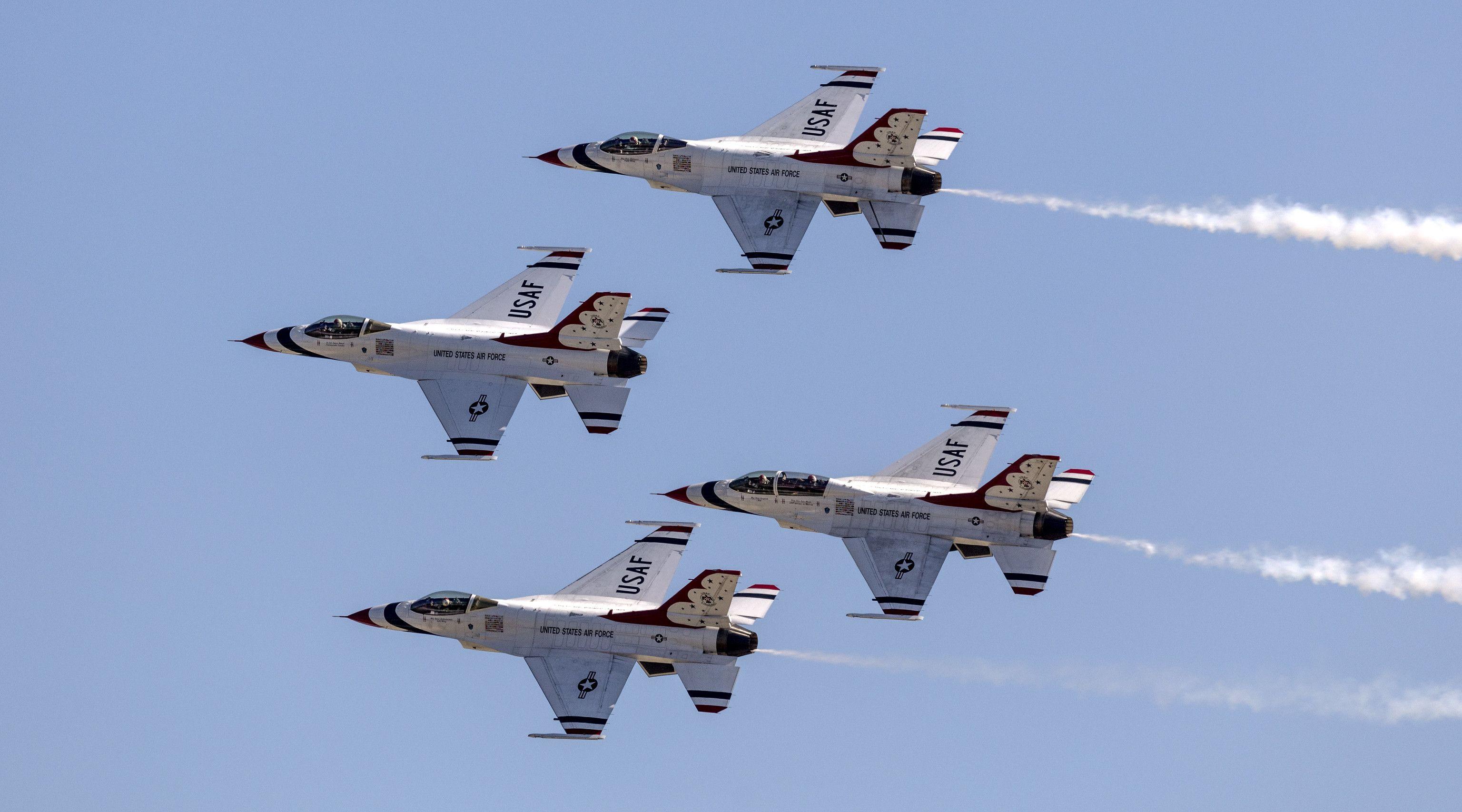 ICYMI The USAF Thunderbirds started the Thursday