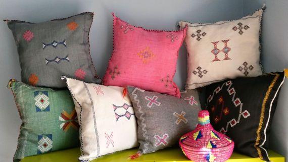 berber sabra pillow cover handmade coussins berb res. Black Bedroom Furniture Sets. Home Design Ideas
