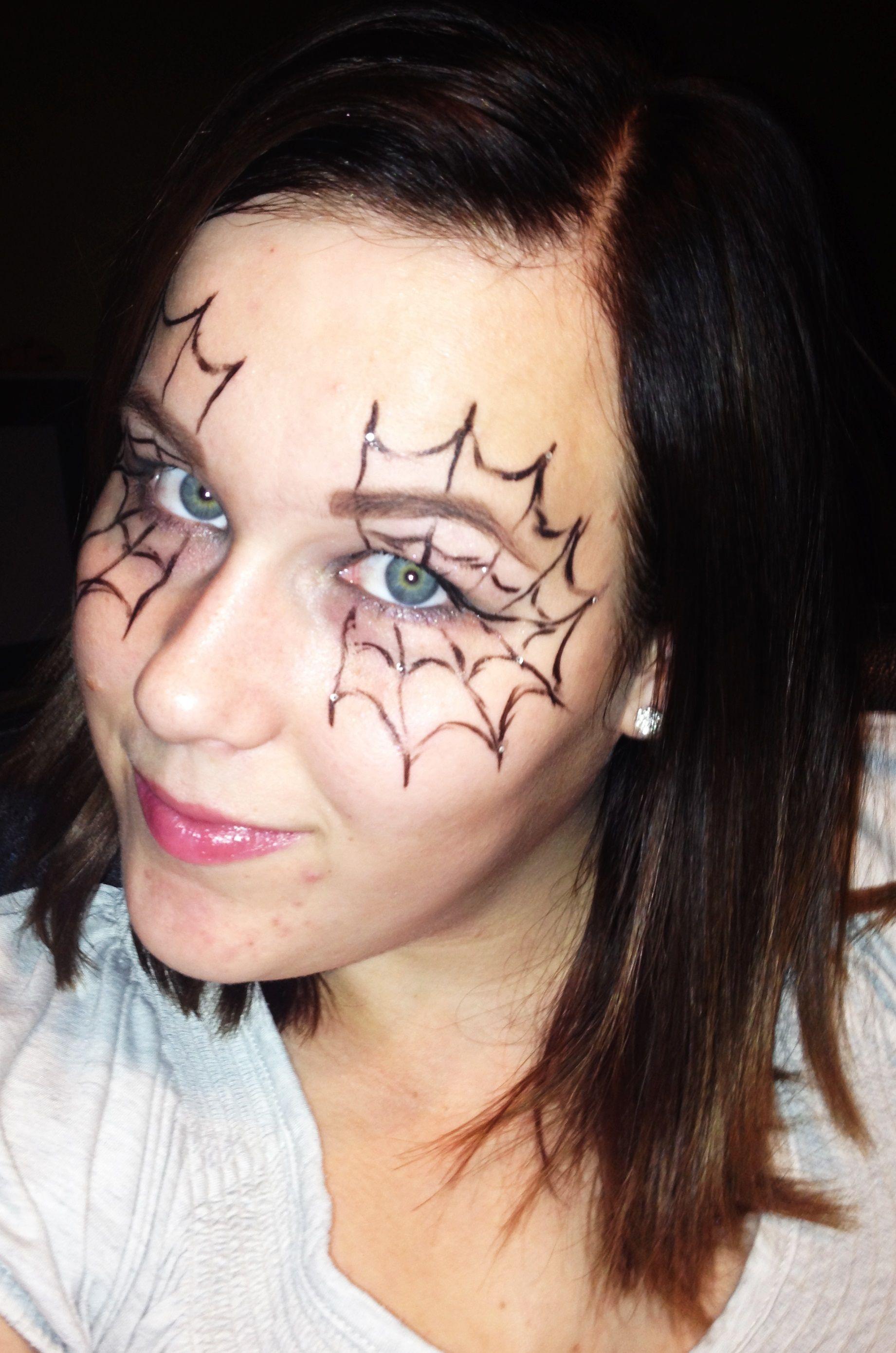 Halloween Sminkek.Keptalalat A Kovetkezore Halloween Sminkek Arcfesteshez
