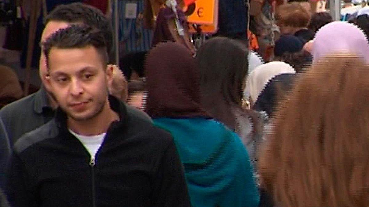 """""""Er sagt, dass Allah ihm beistehe"""": Abdeslam-Anwälte legen Mandat nieder"""