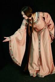 Résultats de recherche d'images pour «woven belt medieval europe»