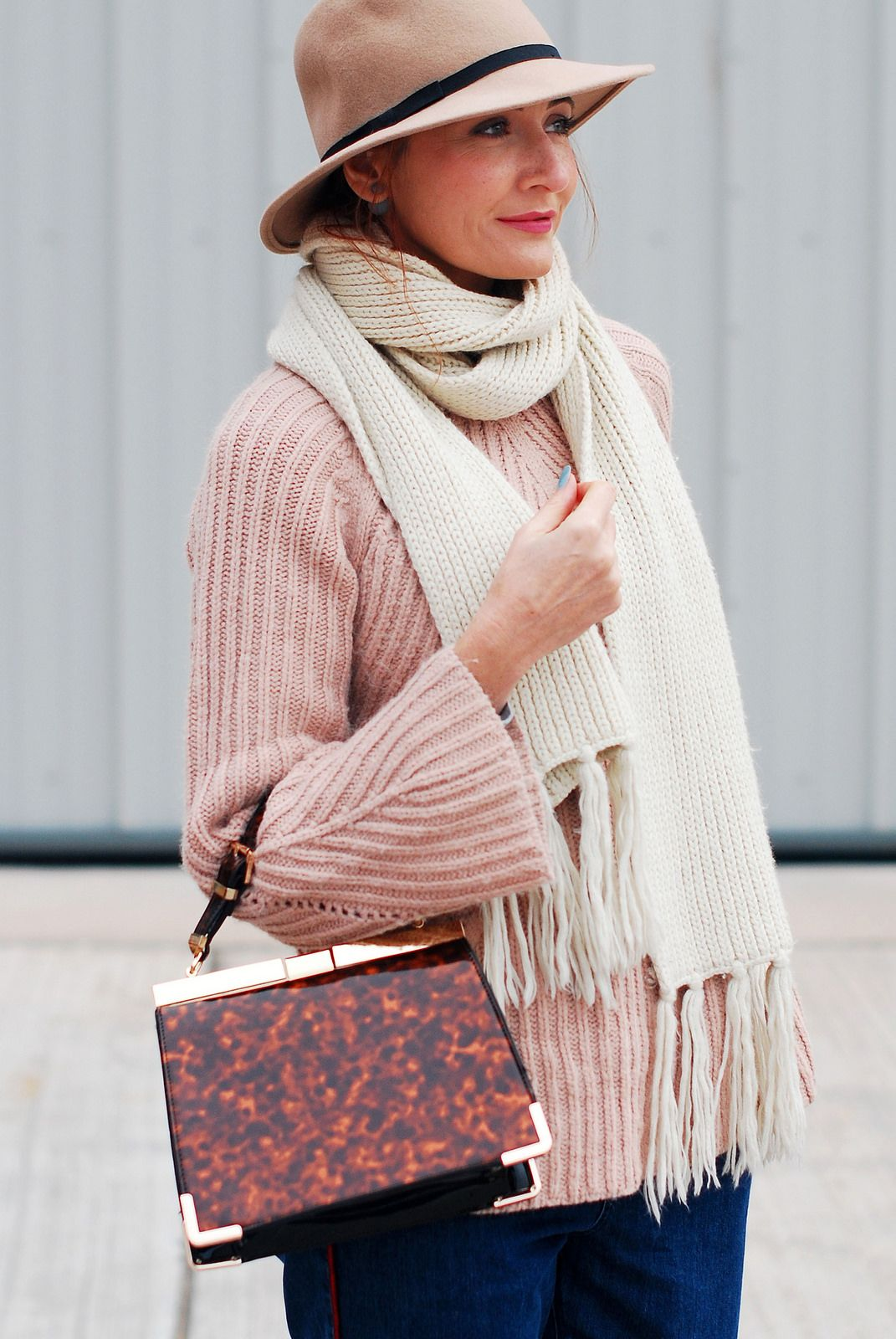 42b1d5e9c47 Casual autumn fall outfit - Blush pink cable knit sweater