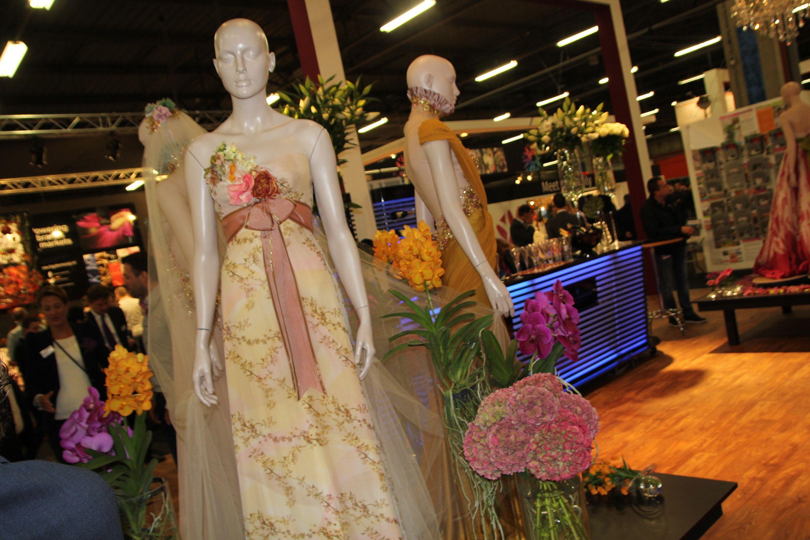 Trade fair. #mode #decoratie #village bloemen en mode pinterest