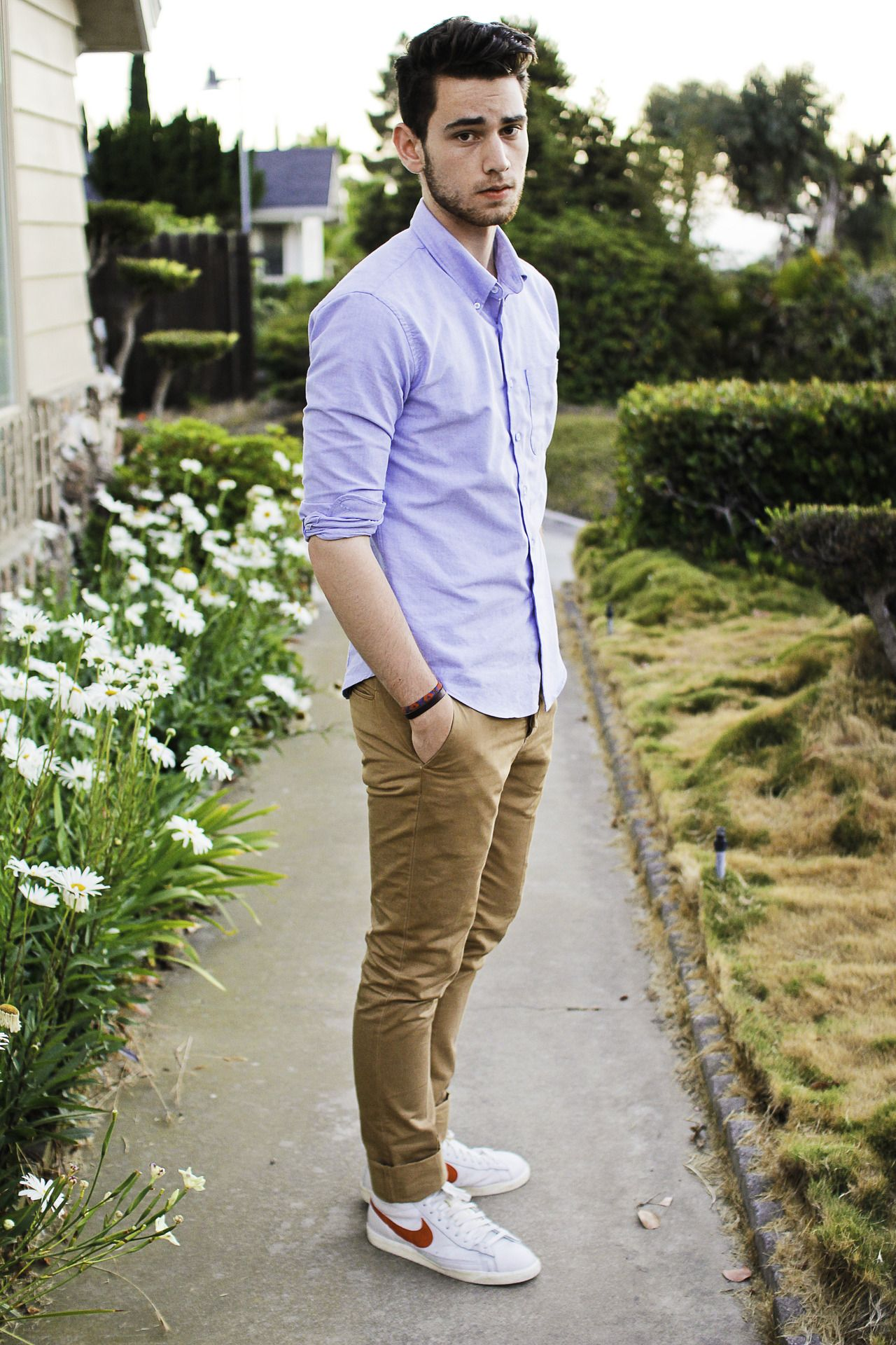 Guys outfits are so simple yet so attractive. Why canu0026#39;t it ...