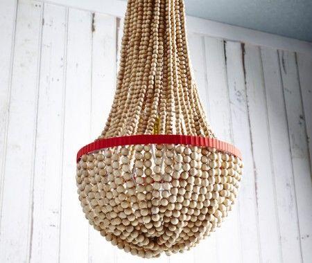 Diy beaded chandelier luces eventos y espacios diy beaded chandelier house home photo by angus fergusson aloadofball Gallery