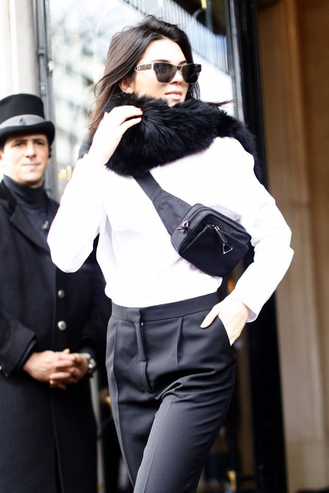 afa2955d6c7f Kendall Jenner Just Ditched Her Handbag for a Dad Bag | workwear ...