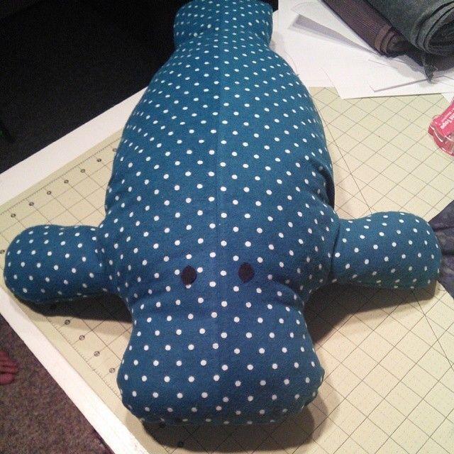 Sewing Pattern Release: Hugh Manatee | bonecas bichinhos de tecidos ...
