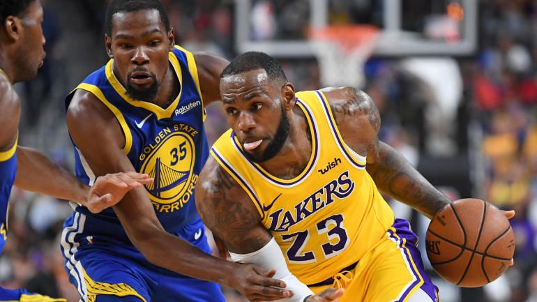 Lakers Vs Warriors Score Lakers Overcome Lebron James Injury To Beat The Warriors Cbs Sports Lakers Vs Watch Nba Nba Season Nba Players