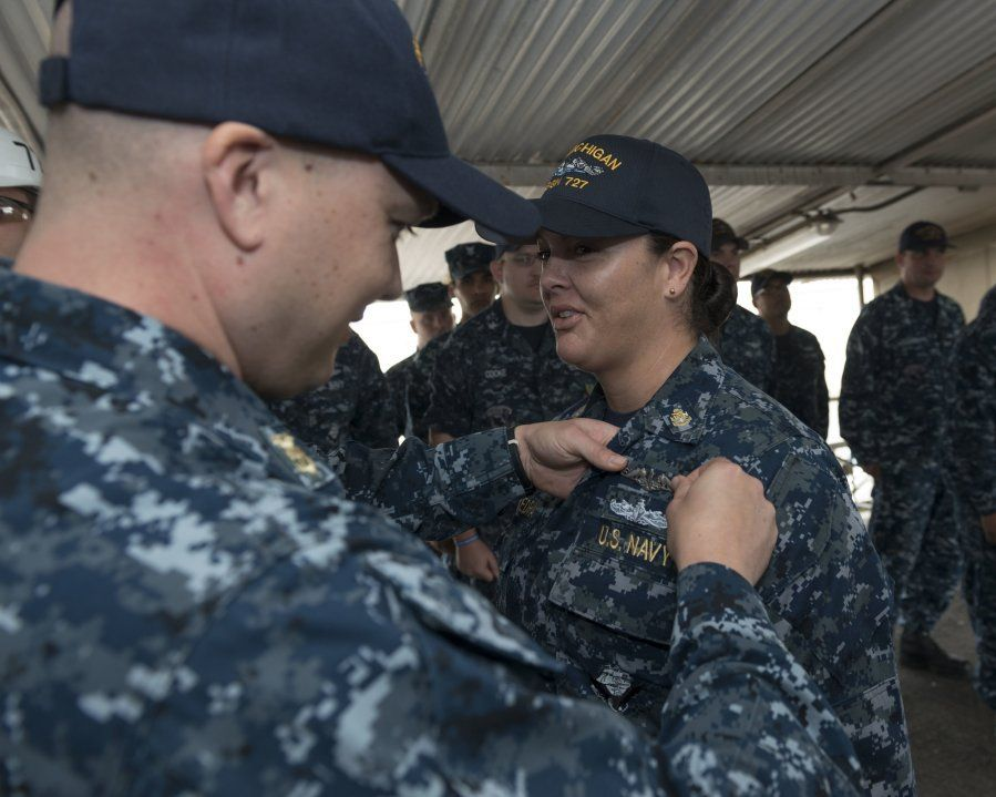 First enlisted woman qualifies in submarines