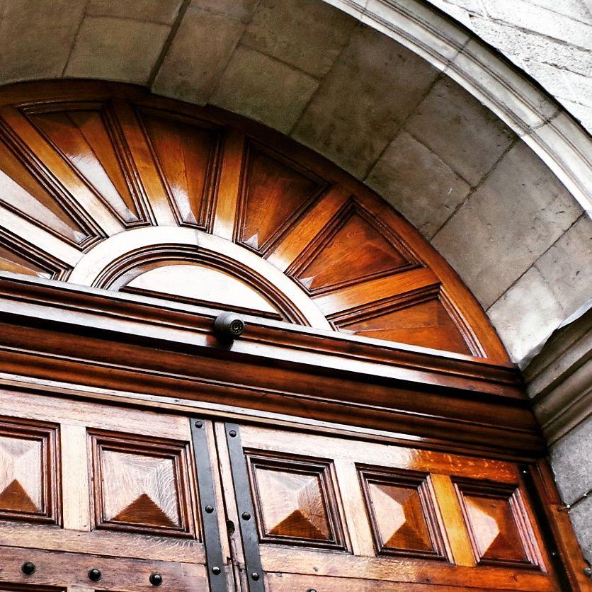 Large oak door leading to the beautiful Trinity College in Dublin.. #trinity # & Large oak door leading to the beautiful Trinity College in Dublin ...