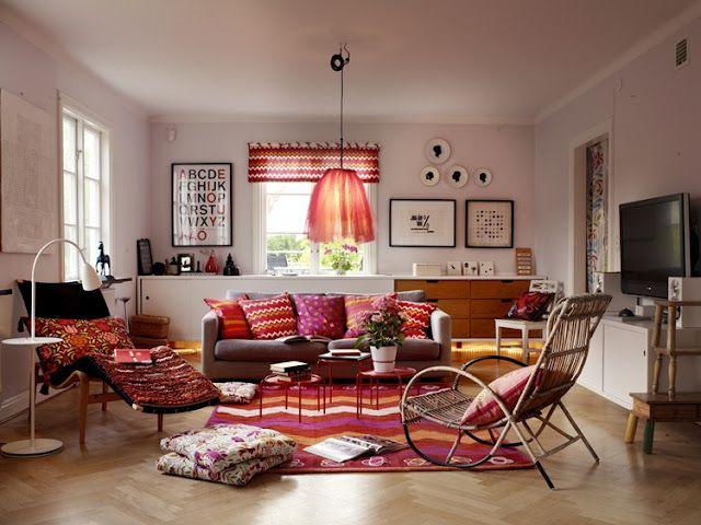 Kul, fargerik stue