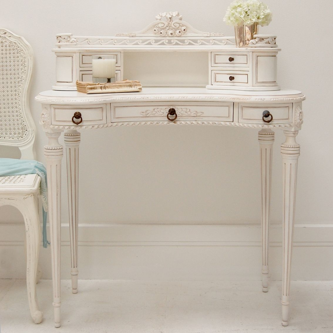 Clearance Classical White Ladies Writing Desk Dressing Table Discontinued And Sold Out Shabby Chic Office Desk Ladies Writing Desk Chic Living Room Decor