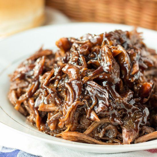 Slow Cooker Honey Balsamic Pulled Pork: thick, sweet and