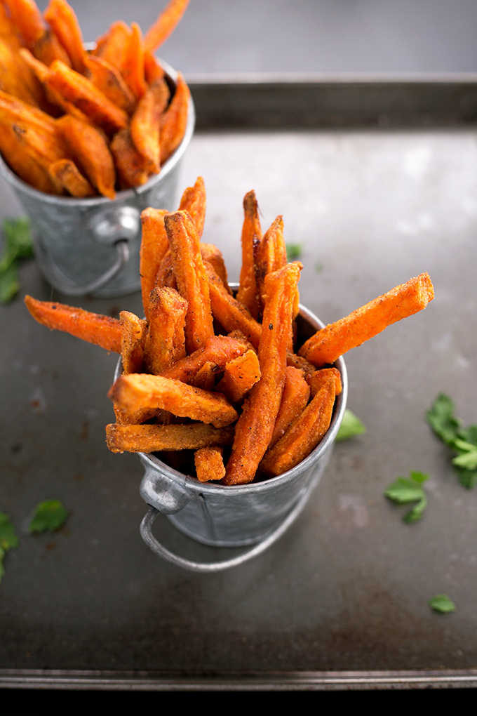 Indian Spiced Sweet Potato Fries With Parsley Cashew Dip Crazy Vegan Kitchen Recipe Sweet Potato Recipes Fries Sweet Potato Fries Vegan Snack Recipes