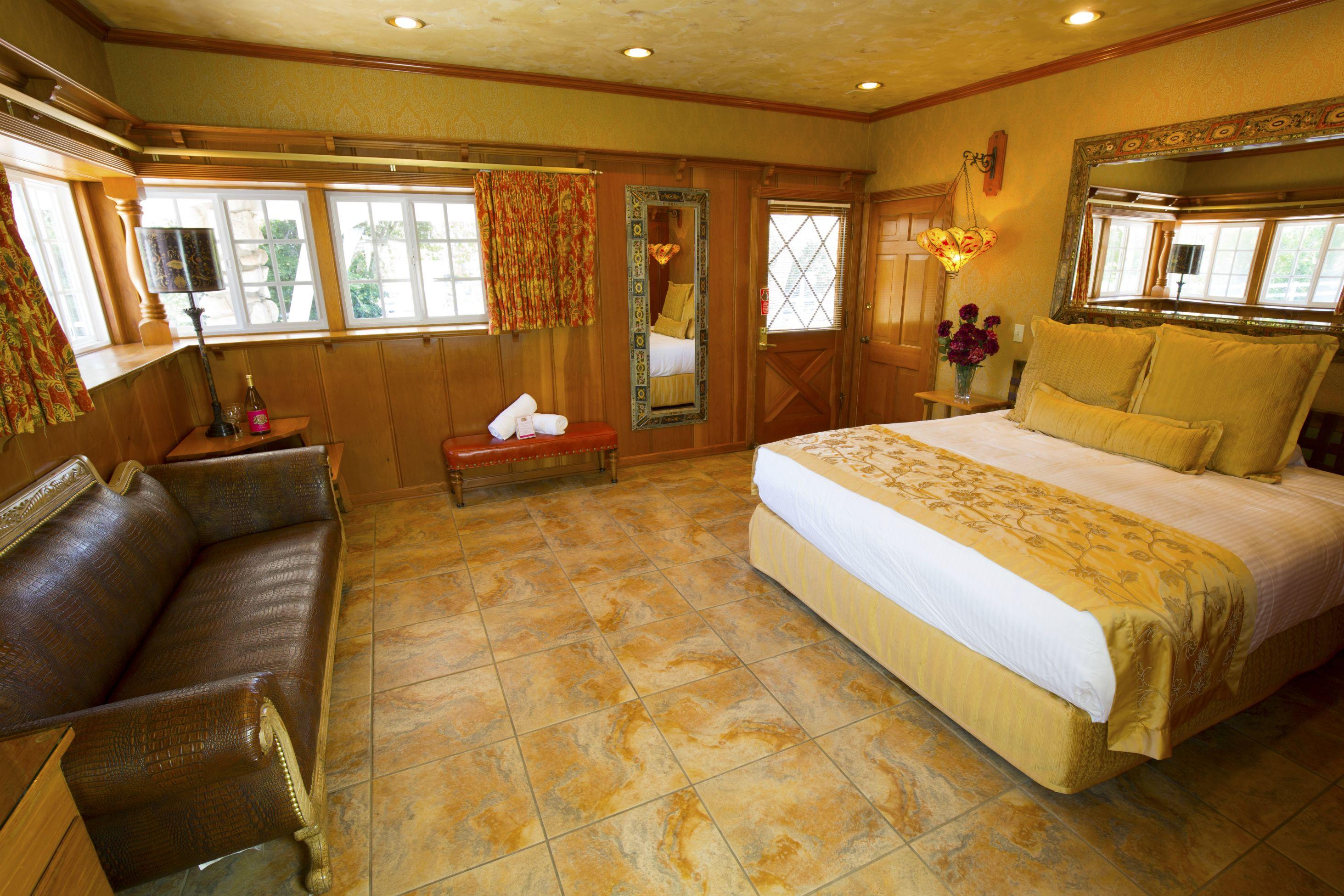 Desert Sands Room 115 110 Unique Hotel Rooms Room