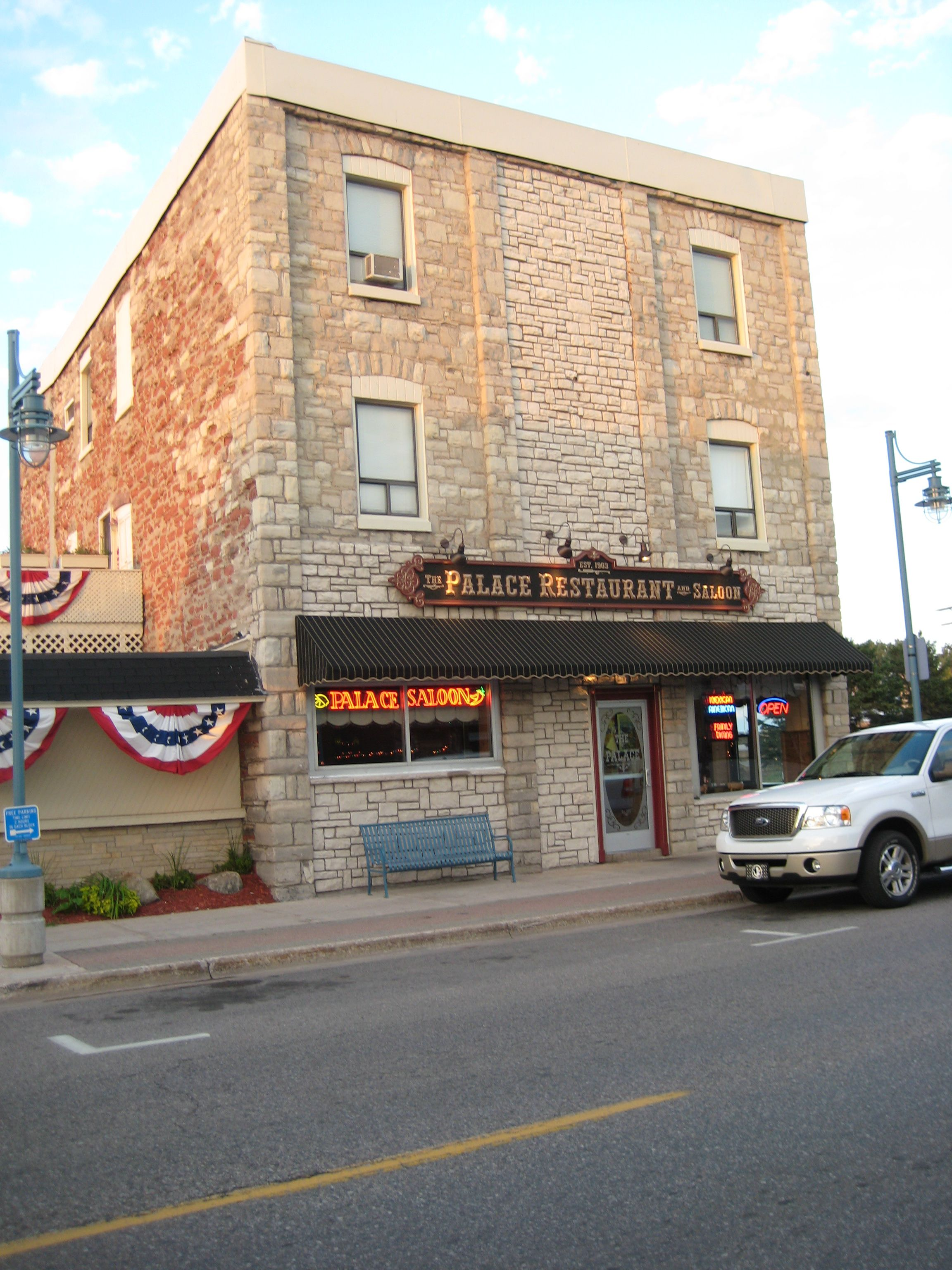 The palace restaurant and saloon is located downtown in sault ste the palace restaurant and saloon is located downtown in sault ste marie mi famous for their chili con queso and giant margarita menu m4hsunfo