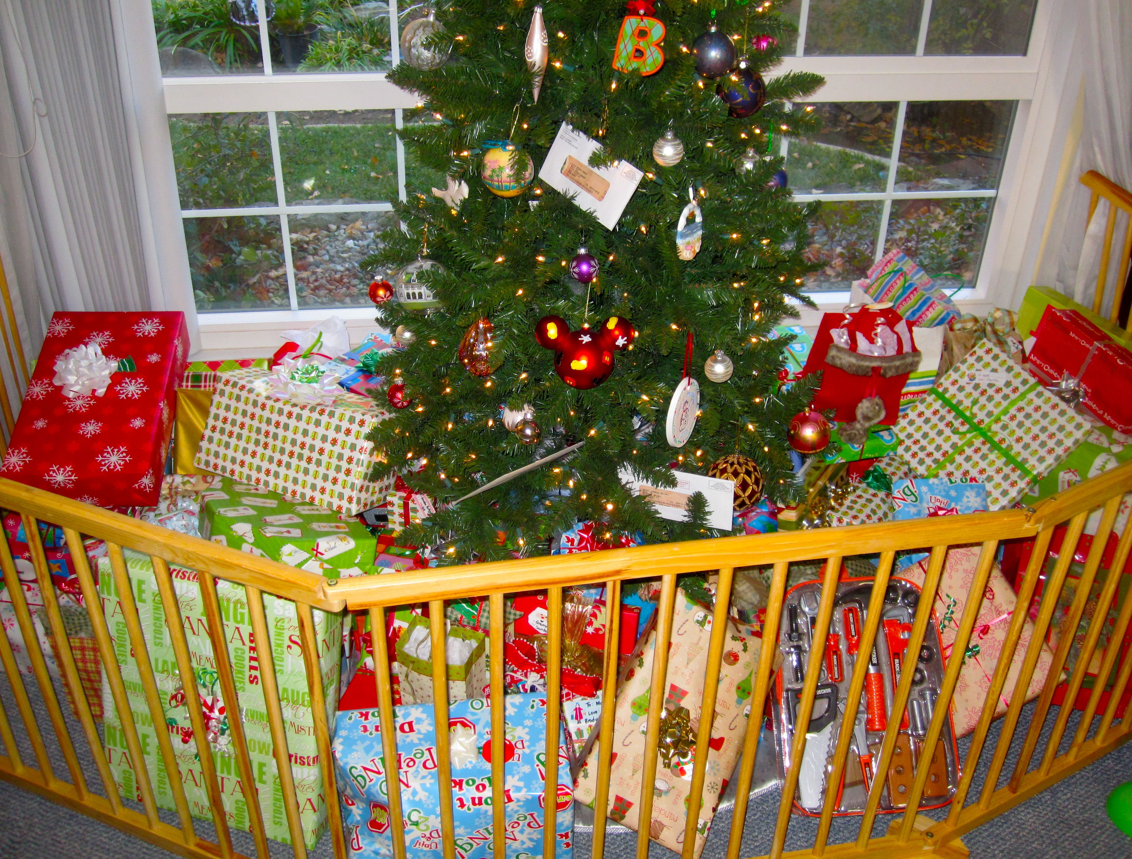 at christmas time put the tree behind a baby gate to keep little hands away from - Baby Gate For Christmas Tree