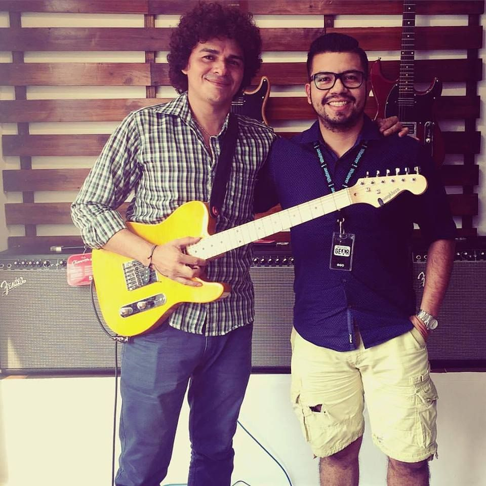 Is that ivan together with luislopezguitar holding kononykheen is that ivan together with luislopezguitar holding kononykheen radiola 22 greetings from latin m4hsunfo