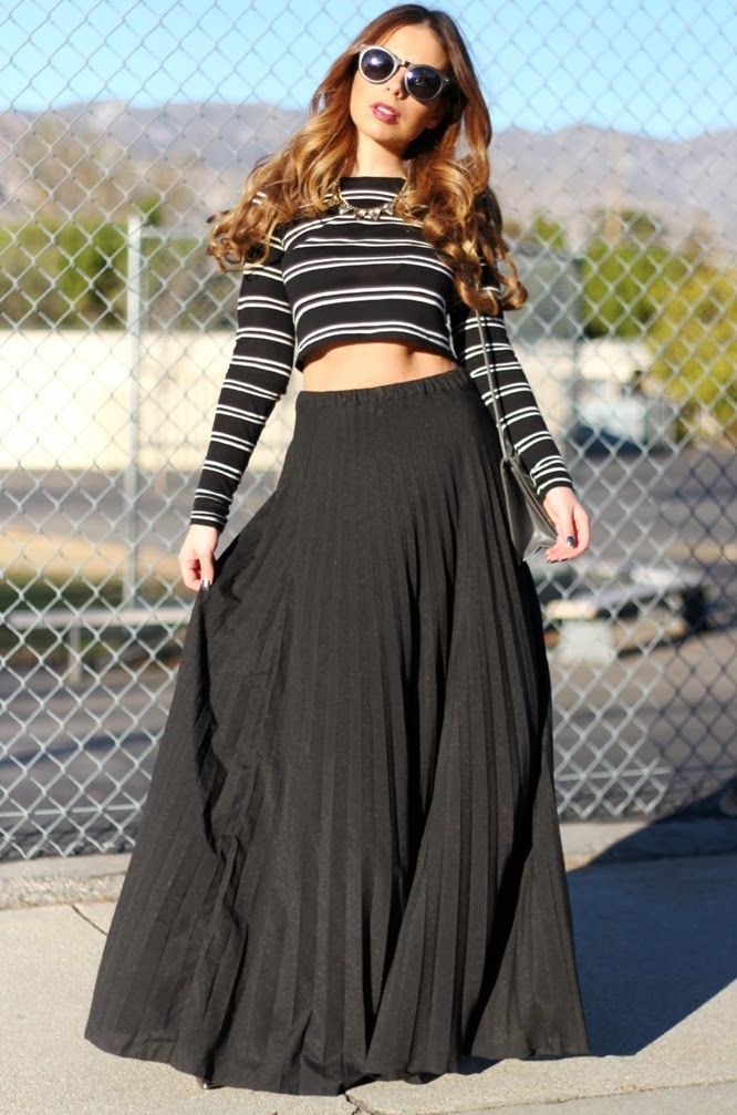 black pleated maxi skirt zara black and white crop top