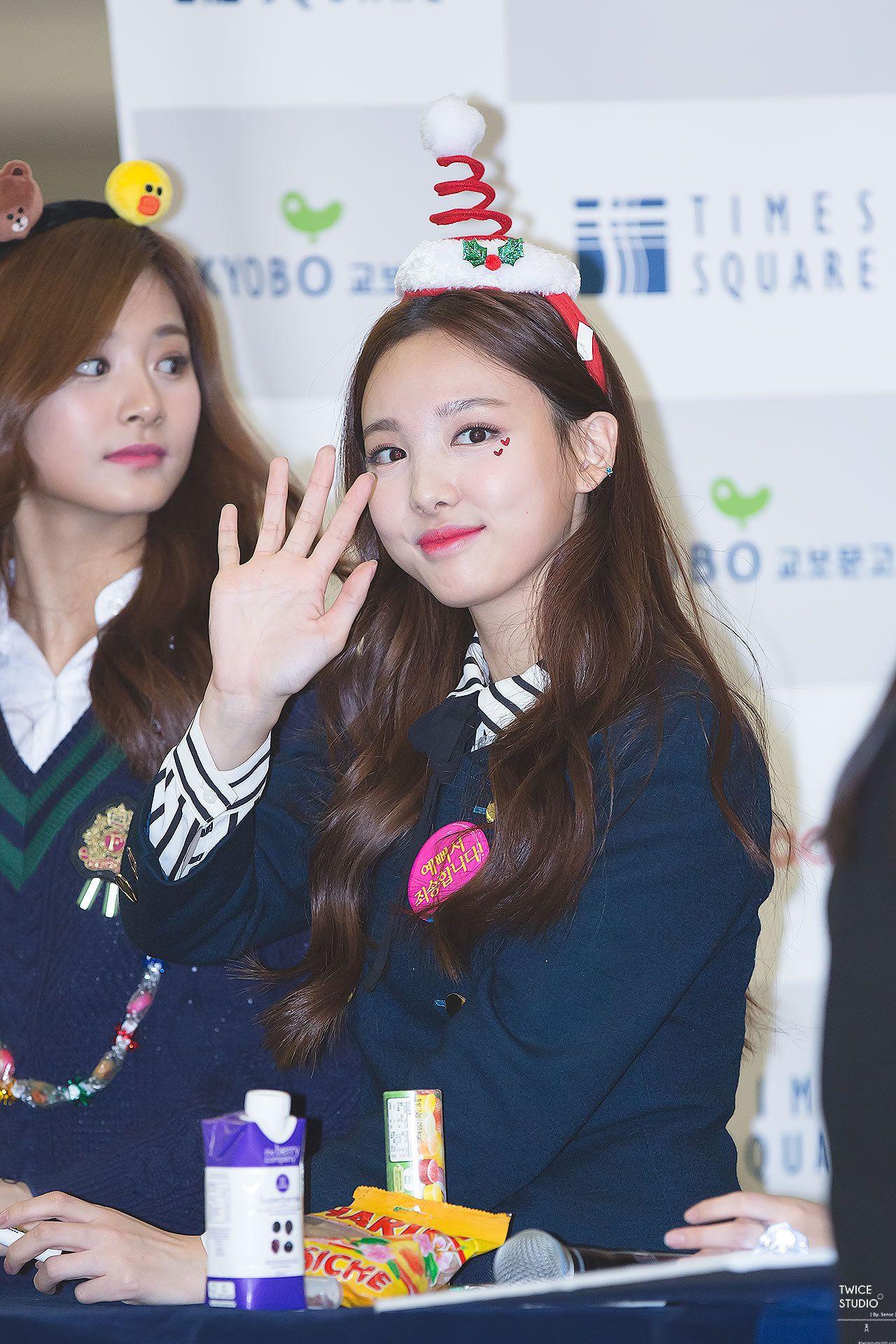 FY! TWICE : Photo   Nayeon, Seolhyun, Nayeon twice