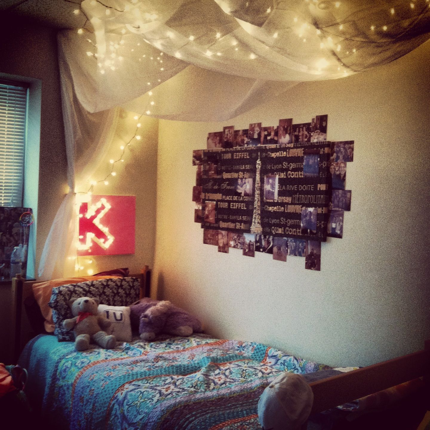 Diy bed canopy dorm - College Dorm Lighting Pins In The Creases Of The Molding Corners