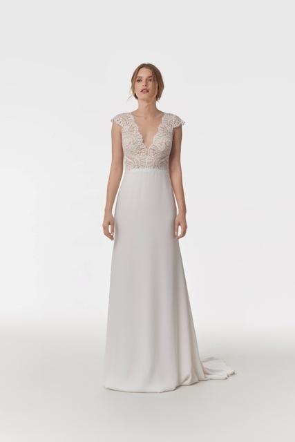 Elegant | Happy Brautmoden Happy Brautmoden gefunden bei ...