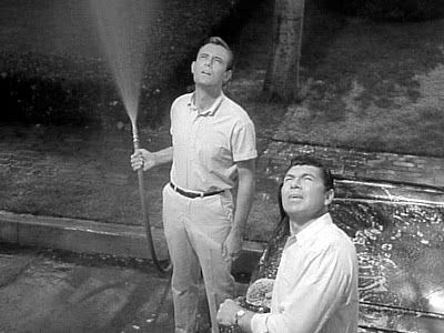 13 Twilight Zone The Monsters Are Due On Maple Street 1960 Twilight Zone Twilight Zone Episodes Twilight