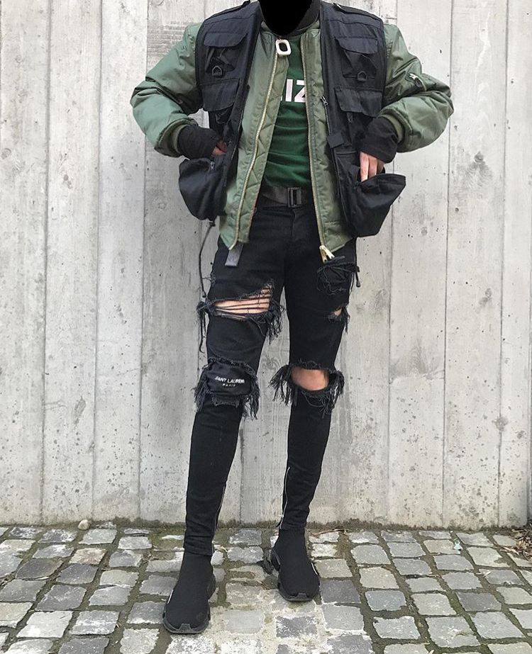 f292cdad Simple and Modern Tips Can Change Your Life: Urban Fashion Jeans Outfit  urban fashion outfits pants.Urban Fashion Catwalk urban wear women ripped  jeans.