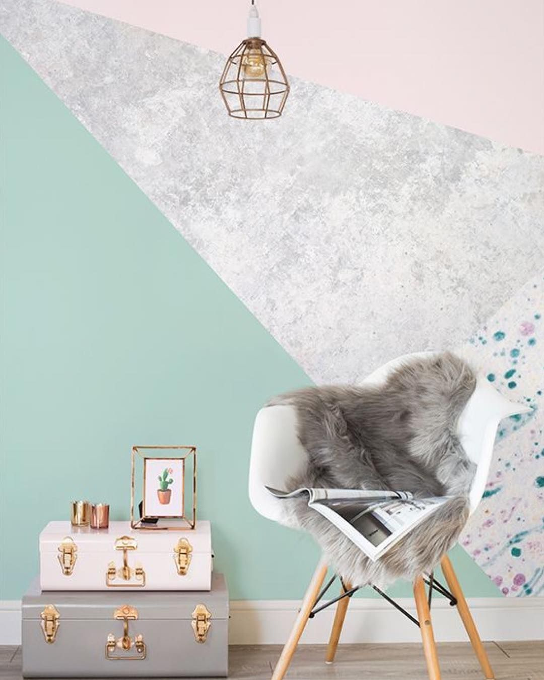 84088043db460 Happy Monday! How gorgeous is this wallpaper from I think I am a little bit  in love what is everyone up to this week  I have a busy one with on  Wednesday ...