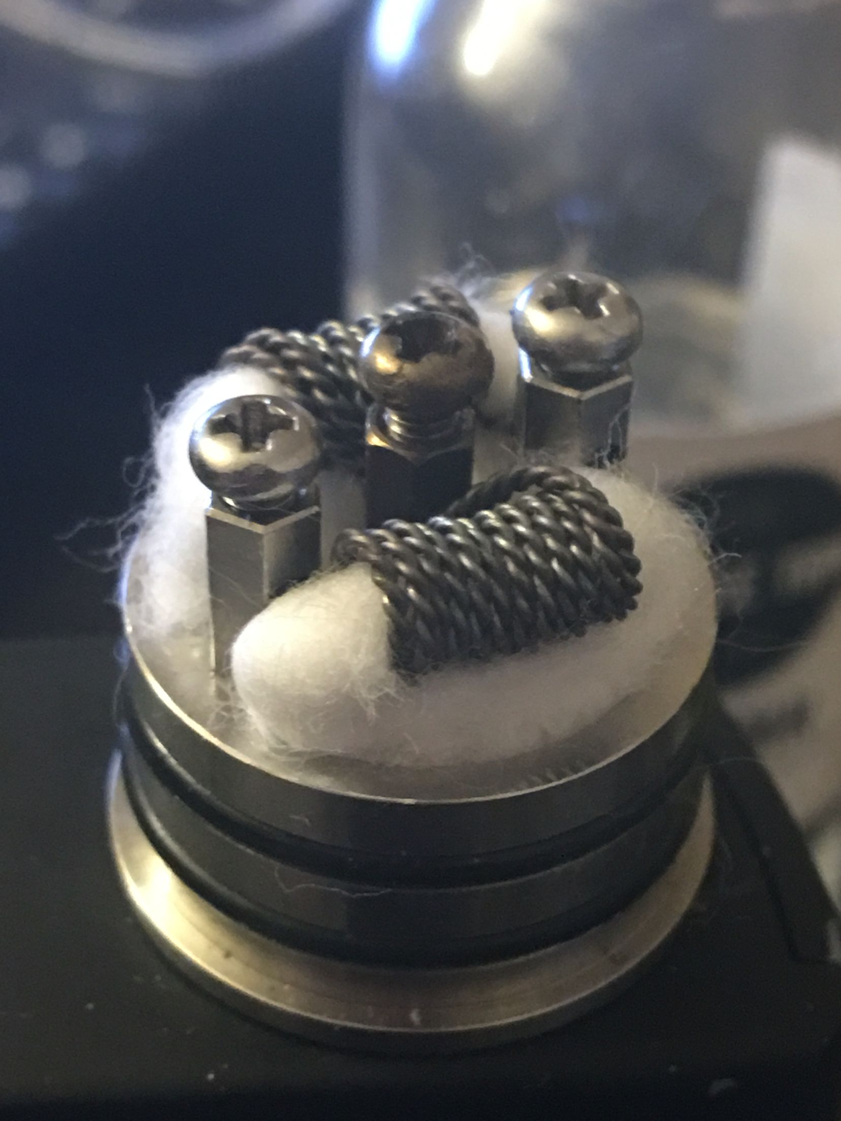 2 strand twisted 24g Kanthal in a dual parallel build, this is ...
