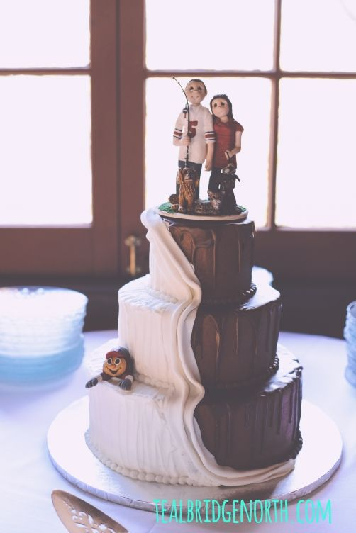 half chocolate and vanilla wedding cake outdoor autumn wedding tealbridgenorth half 15049