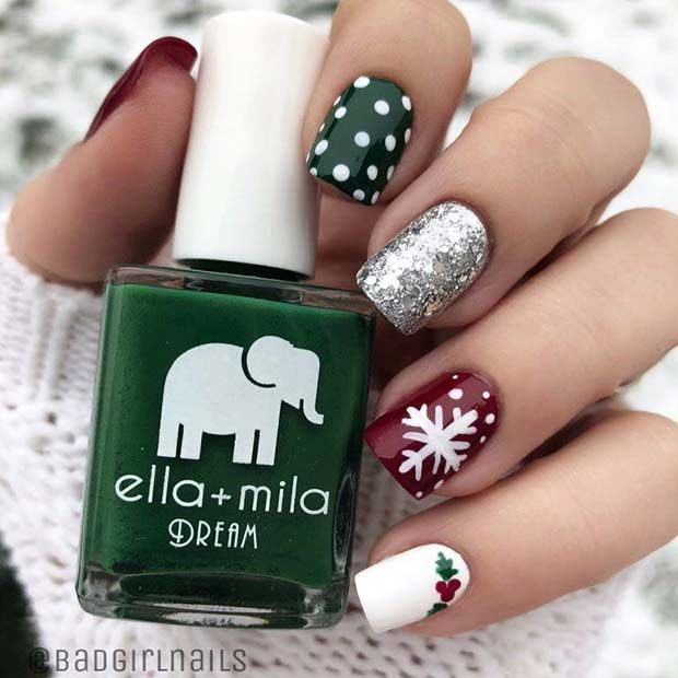 43 Pretty Holiday Nails to Get You Into the Christmas Spirit | Page 2 of 4 | StayGlam #holidaynails