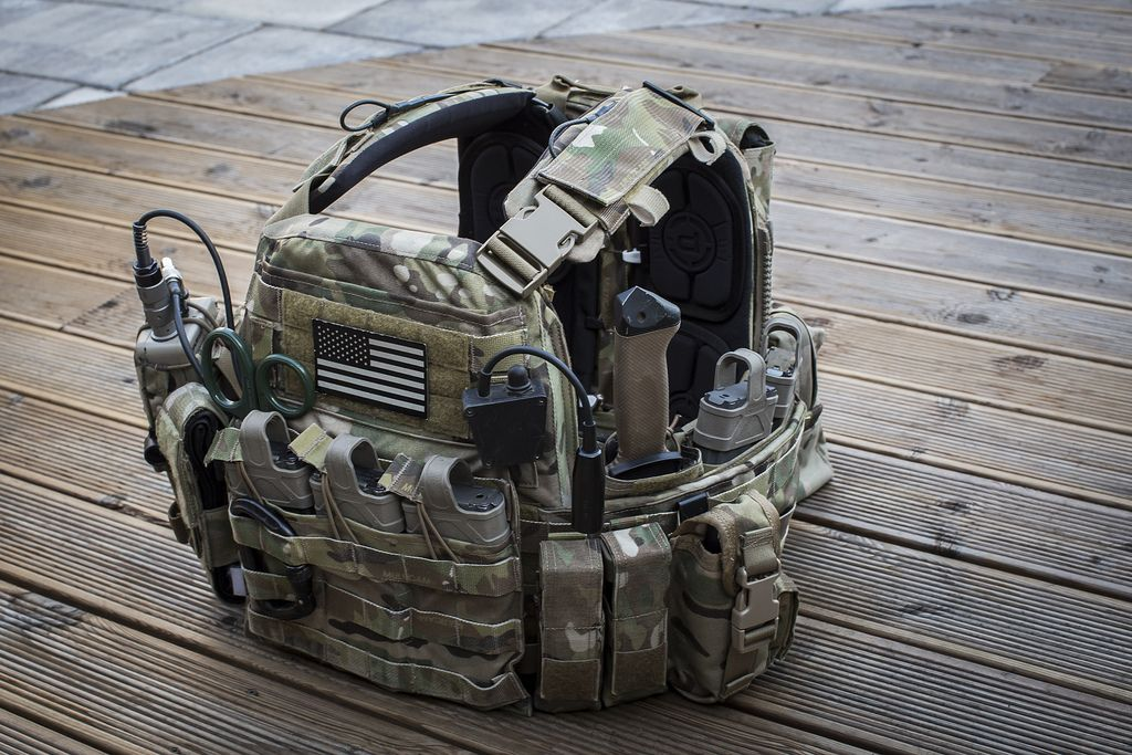 crye gen tactical vest - Google Search Save those thumbs & bucks w ...