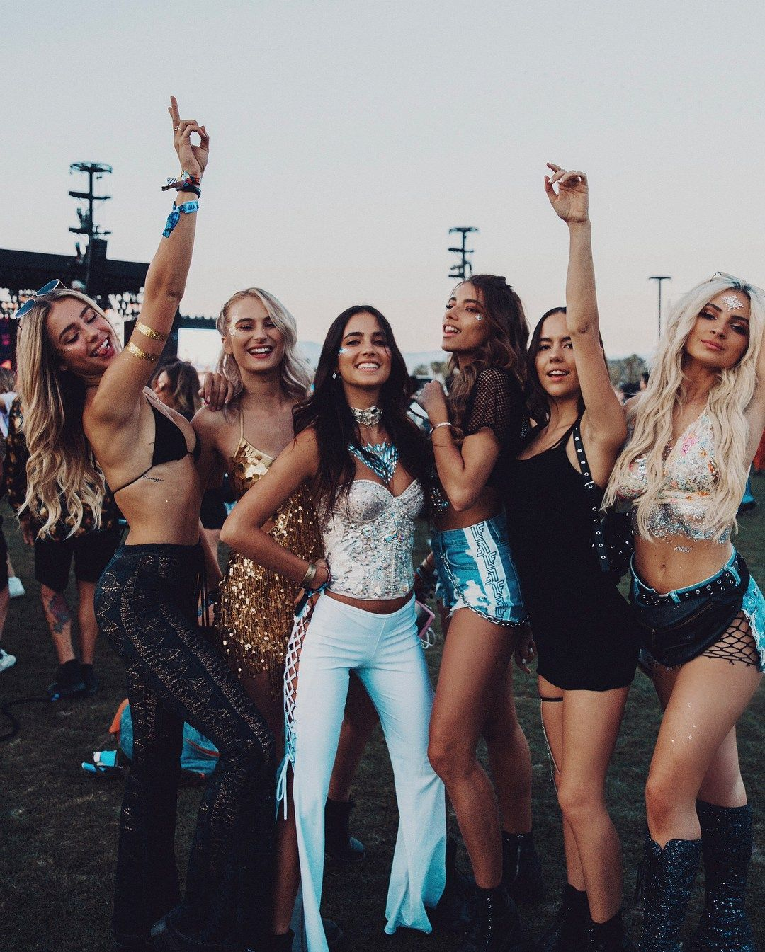 The 50 best blogger fashion looks from Coachella #desertlife