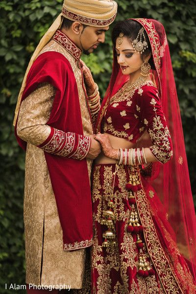 Inspiring indian wedding photo shoot httpmaharaniweddings inspiring indian wedding photo shoot httpmaharaniweddings galleryphoto138857 junglespirit Image collections