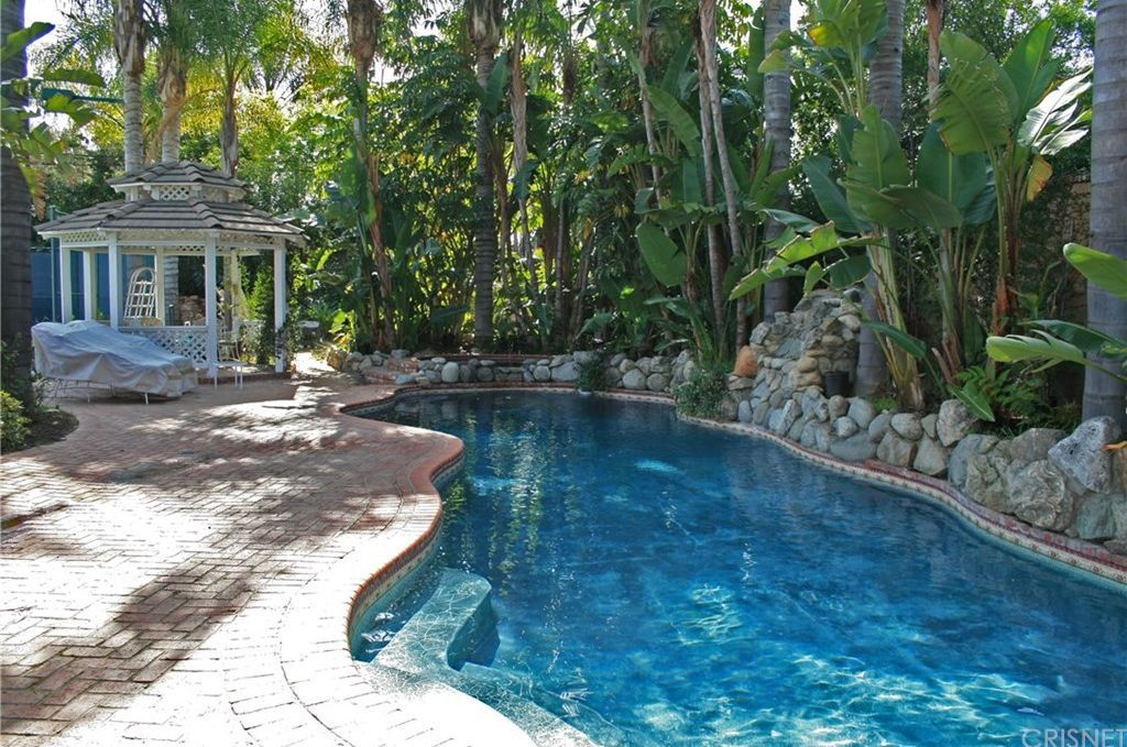 sherman oaks homes for sale with pool