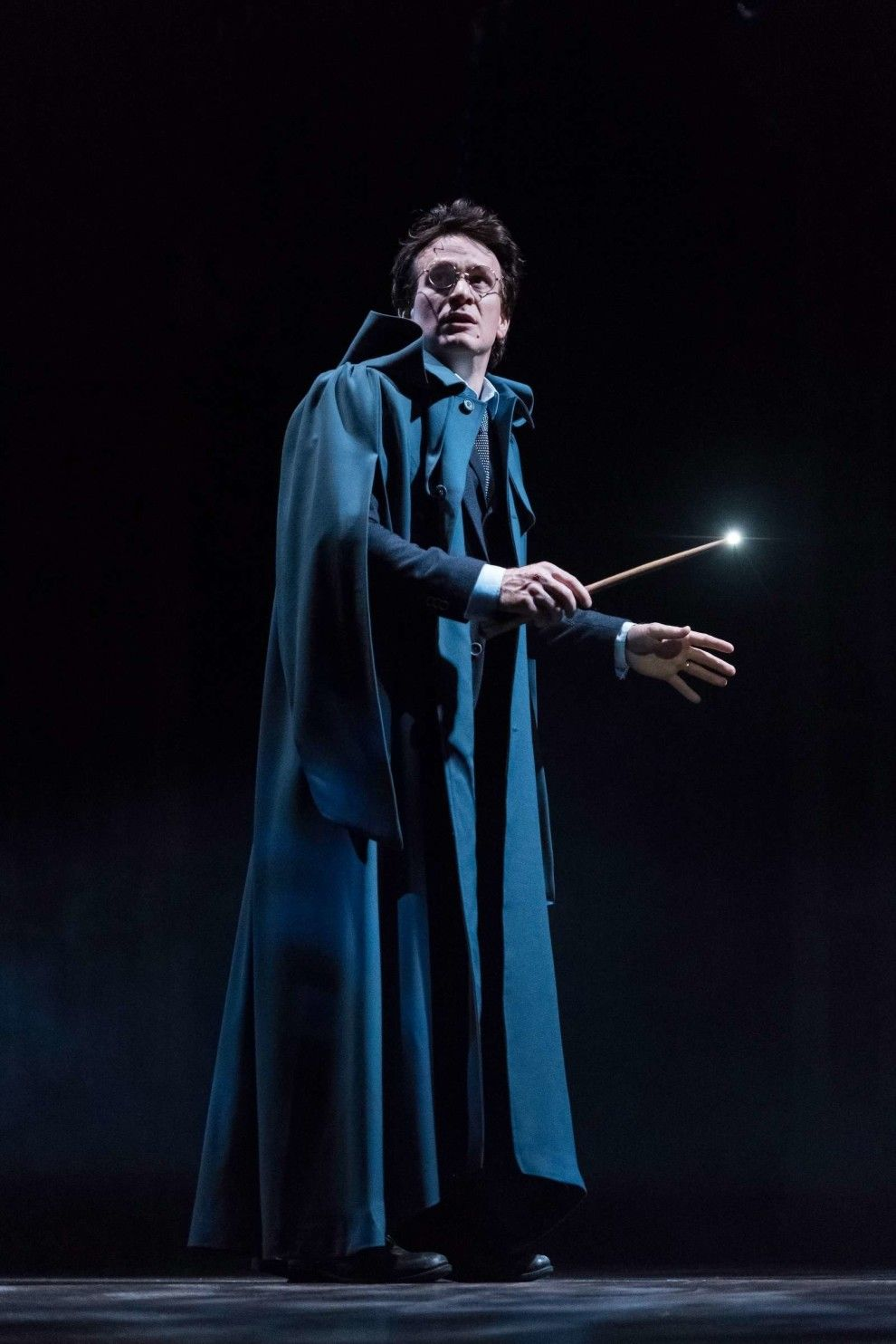 Harry Potter And The Cursed Child Photos Are Here And They Re So Magical Harry Potter Play Harry Potter Cursed Child Harry Potter