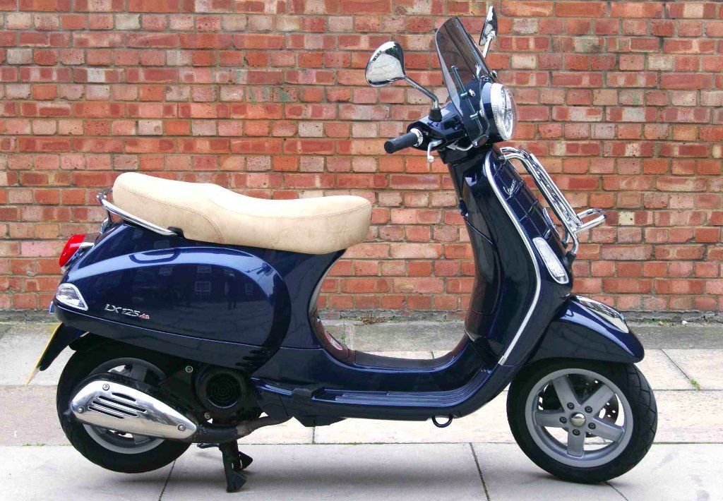 piaggio vespa 124 cc vespa lx 125 touring http. Black Bedroom Furniture Sets. Home Design Ideas