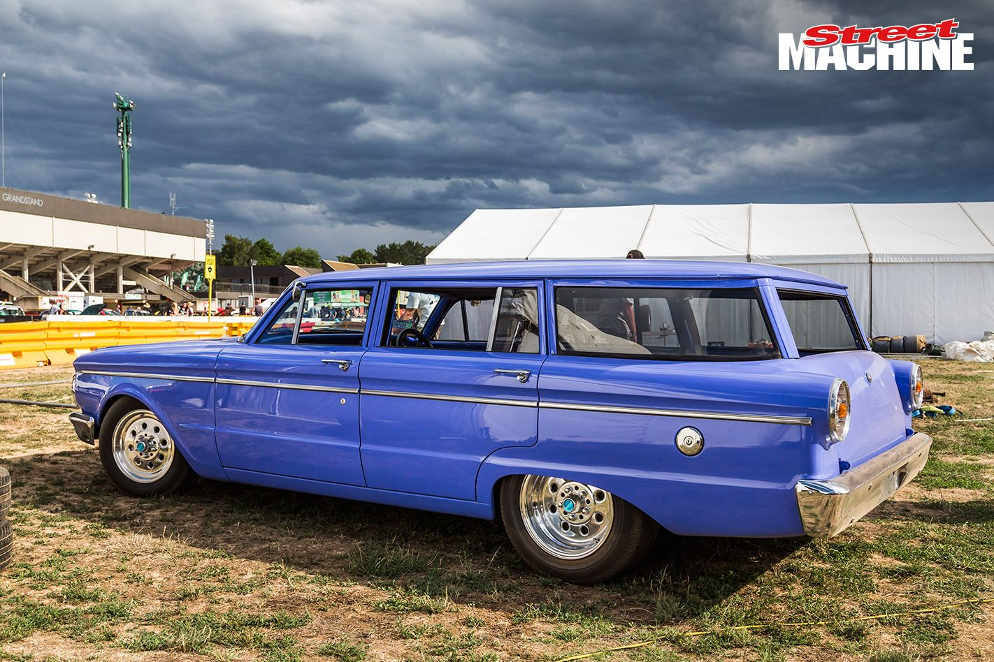 Chopped 351 Windsor Powered Xp Ford Wagon At Summernats Wagon Ford Hearse
