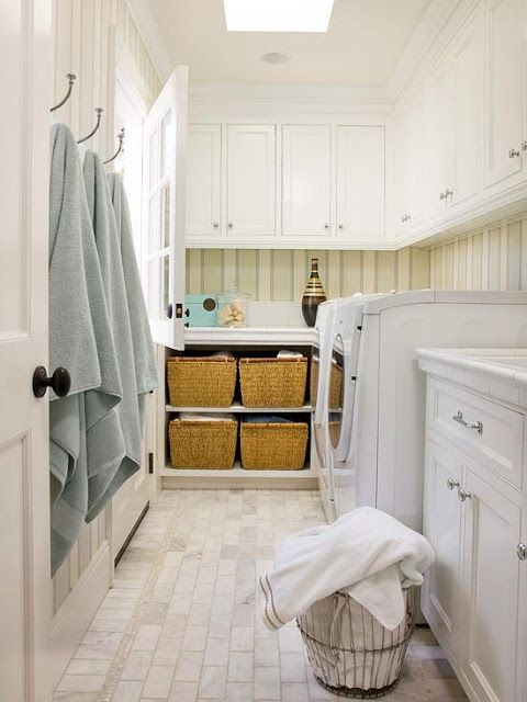 Lower laundry room/shower room