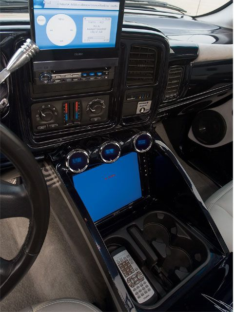 2003 Chevrolet Silverado Custom Audio System Custom Chevy Trucks