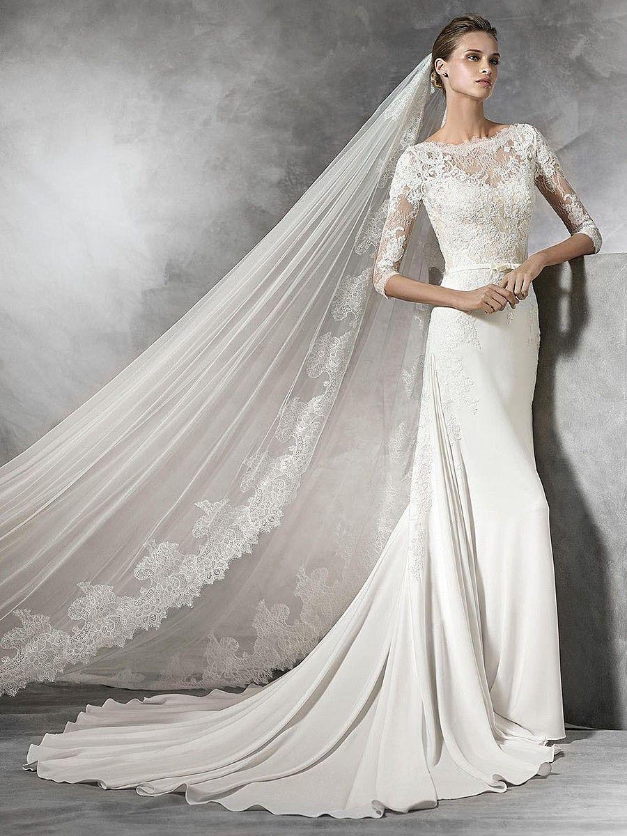 Honorable Scoop Neck Chapel Train Lace A Line Wedding Dresses