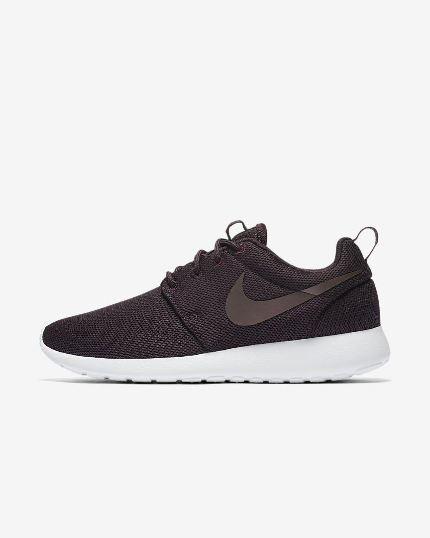 4b7575f1a930d Nike Roshe One Women s Shoe