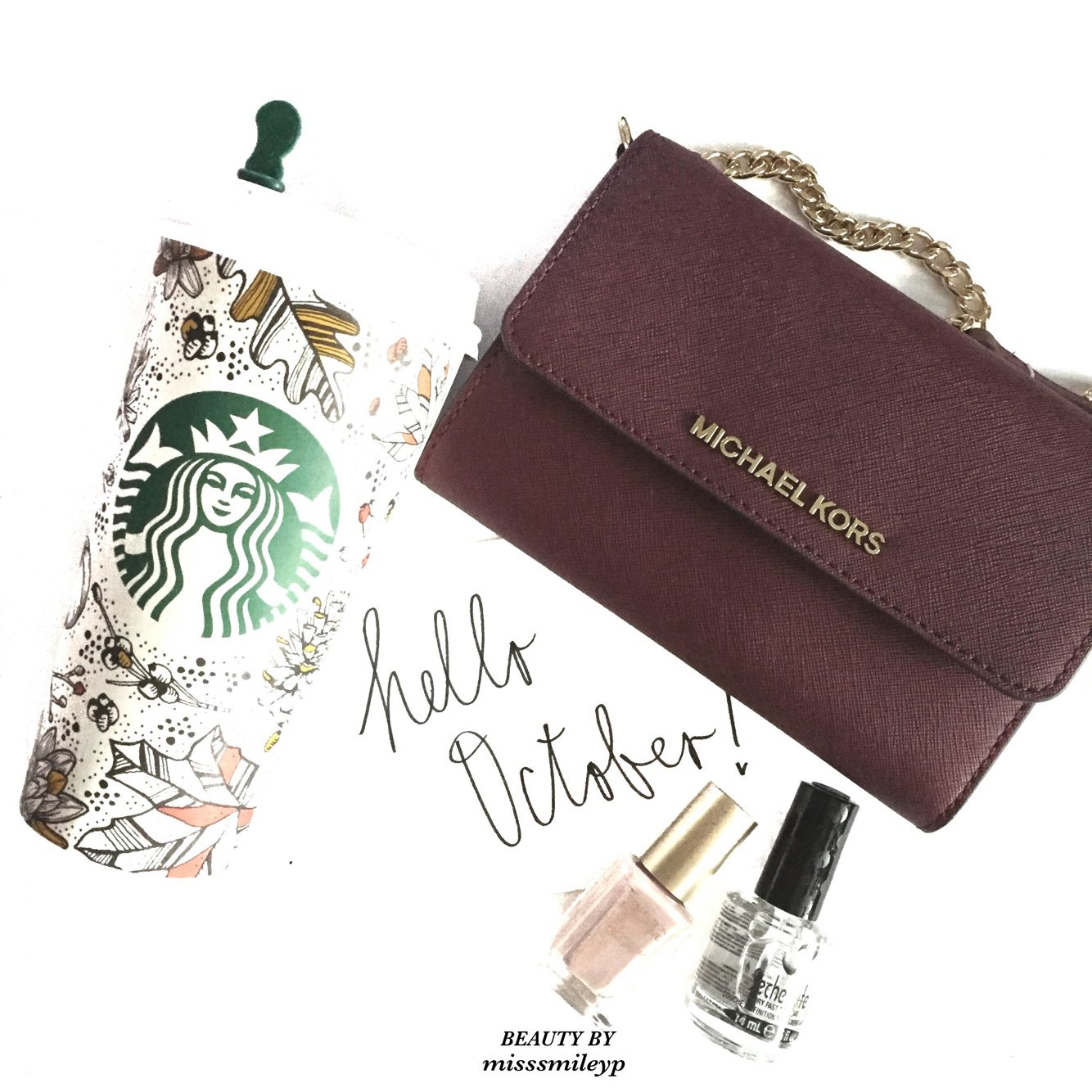 ✨Greeting to October! I love this @michaelkors 3-way small purse, especially the color is perfect for Fall❤️ And the @Starbucks cup is so festive Hope everyone has a good start of October! #michaelkors #starbucks #fall #october