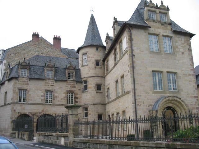 Brive La Gaillarde Correze Maison Cavaignac Xviieme Actuellement Archives De La Ville Brive La Gaillarde Correze Lot Et Garonne