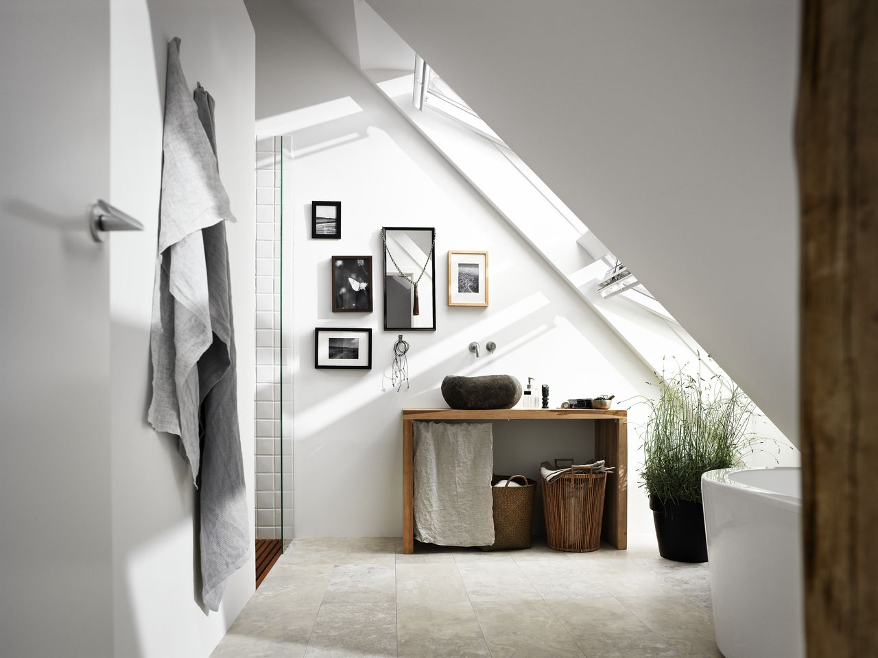 Neue Inspiration Fur Eure Badezimmer Hausrenovierung Wohnung Velux Fenster