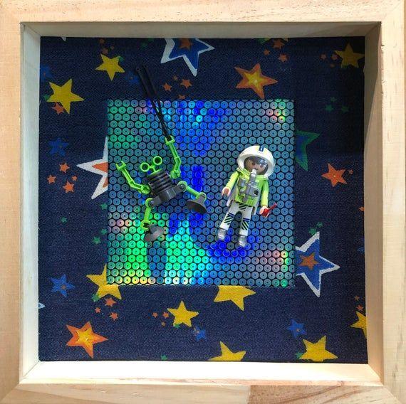 Cadre playmobil cosmonaute et son robot homme de l'espace légo cadeau enfant fait main #decorationnoelfaitmainenfant